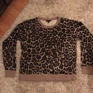 Leopard crew neck sweatshirt